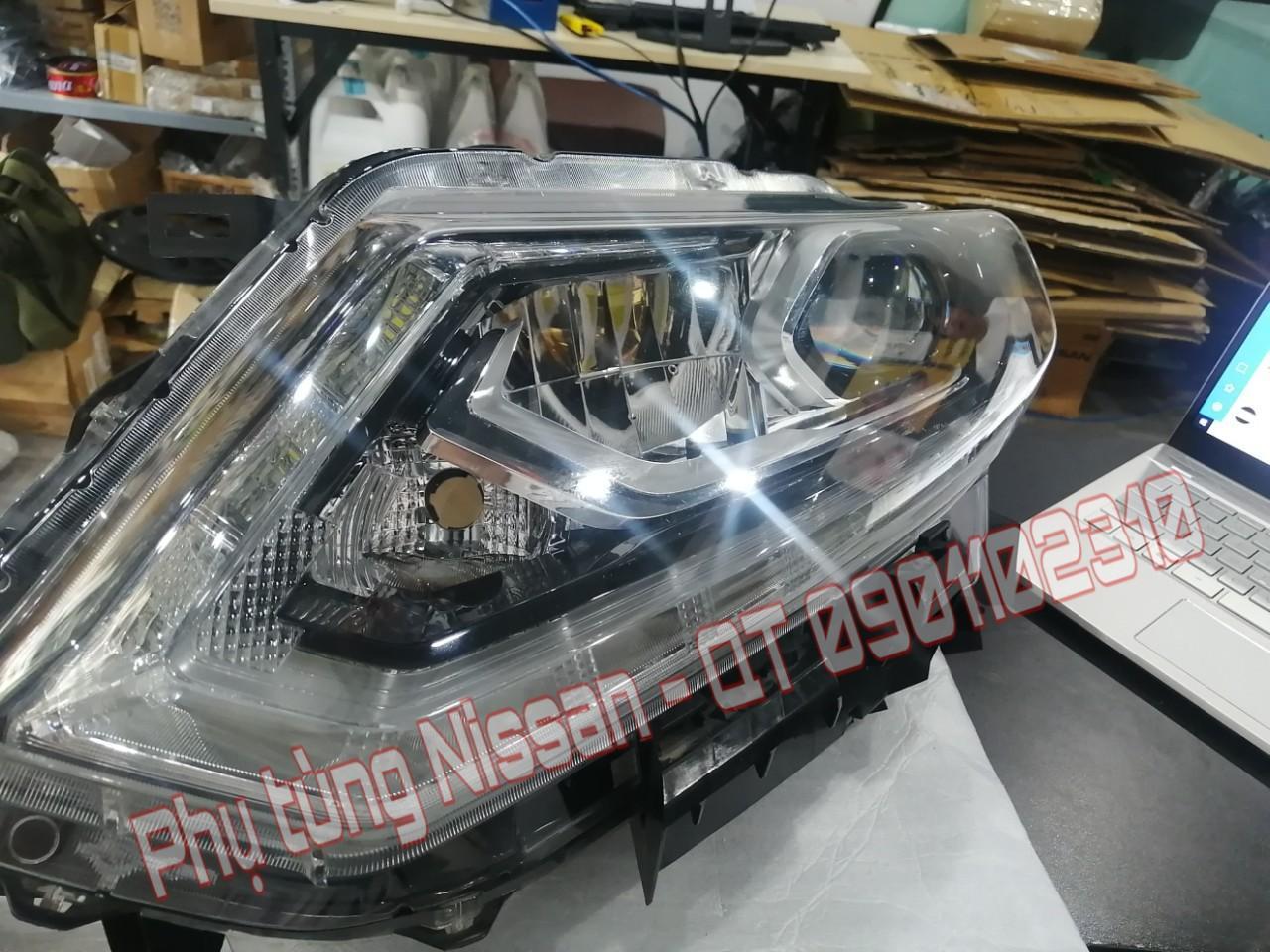 Đèn pha Nissan X-Trail 260604CC5C